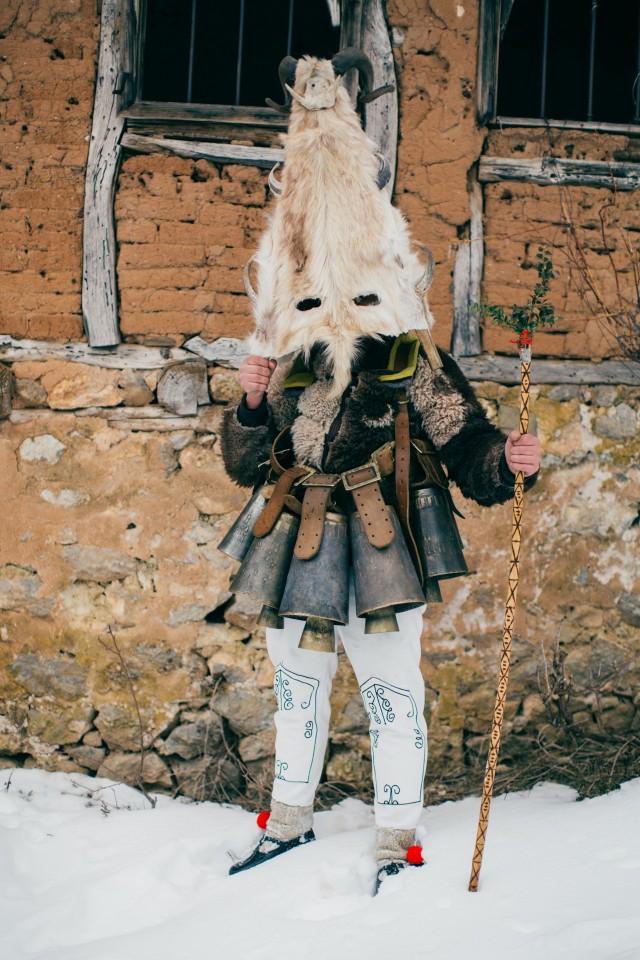 Из фотопроекта «Кукеры». Автор Арон Кляйн (10)