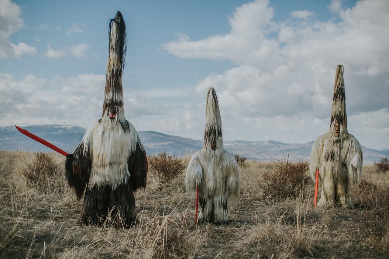 Из фотопроекта «Кукеры». Автор Арон Кляйн (19)