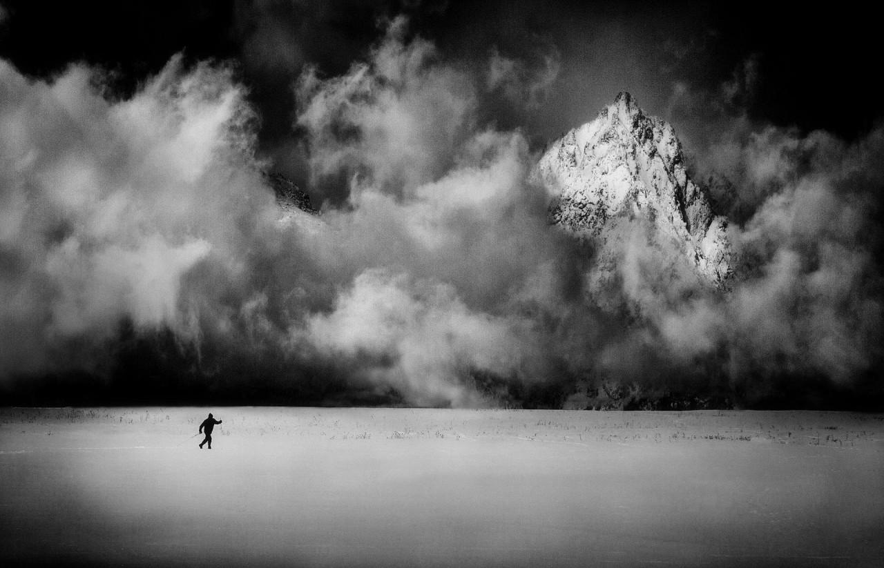 Лыжник в Татрах, Словакия. Автор Петер Свобода