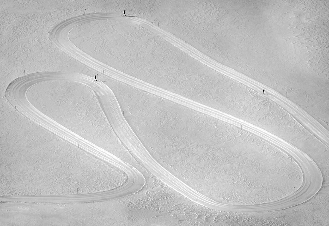 Лыжные трассы в Альпах. Автор Петер Свобода