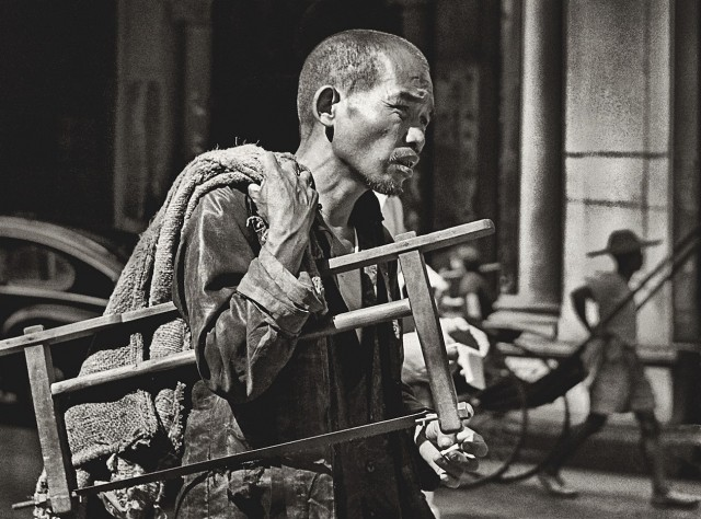 Ремесленник, Гонконг, 1950-60-е. Автор Фан Хо