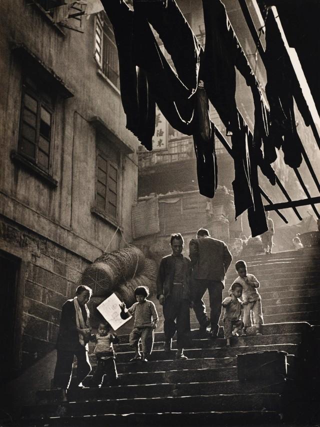 Уличная сцена, Гонконг, 1956. Автор Фан Хо