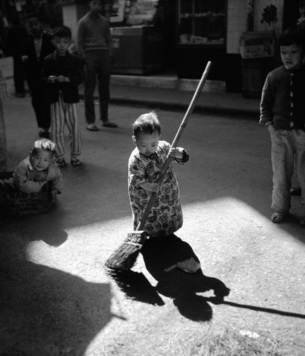 Мамина помощница, Гонконг, 1967. Автор Фан Хо