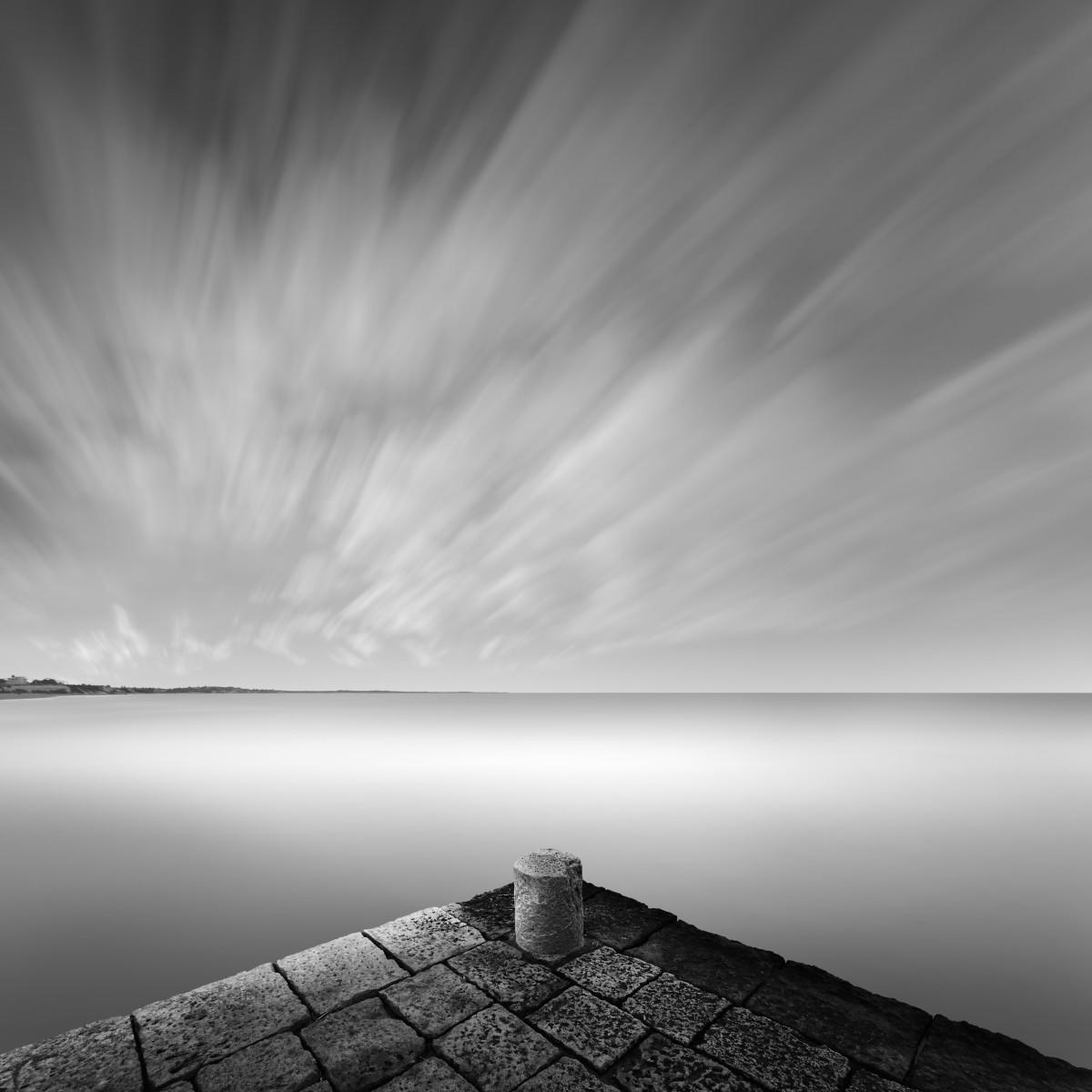 Средиземное море. Автор Розарио Чивелло
