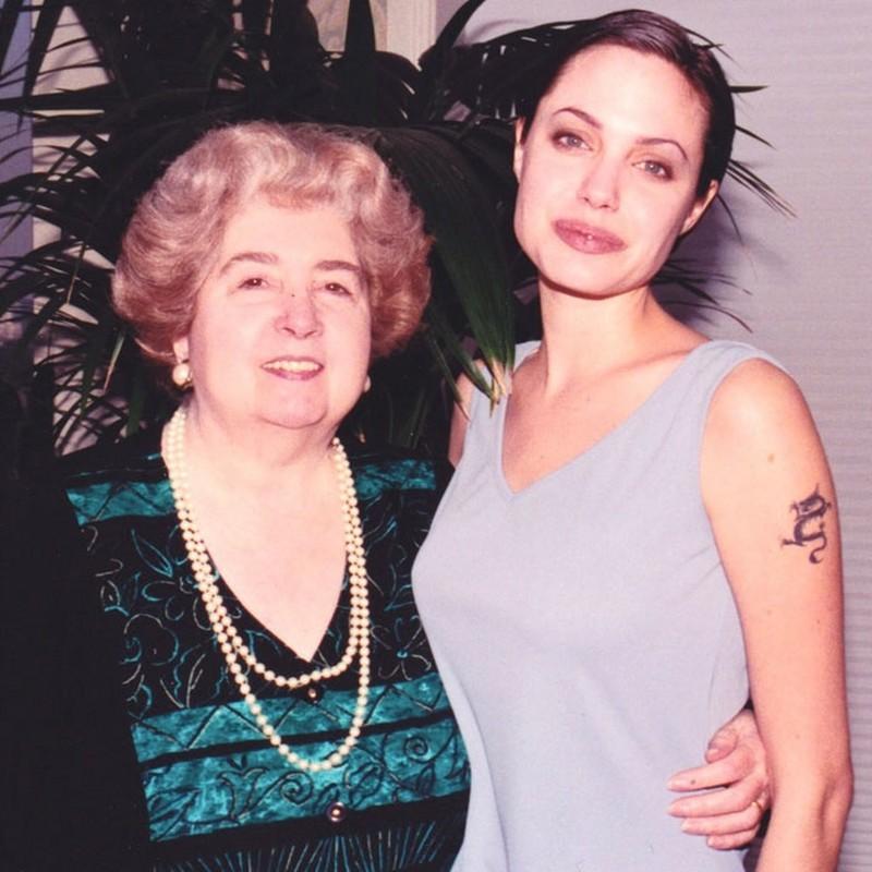 Анджелина Джоли и Мария Снойс-Лаглер
