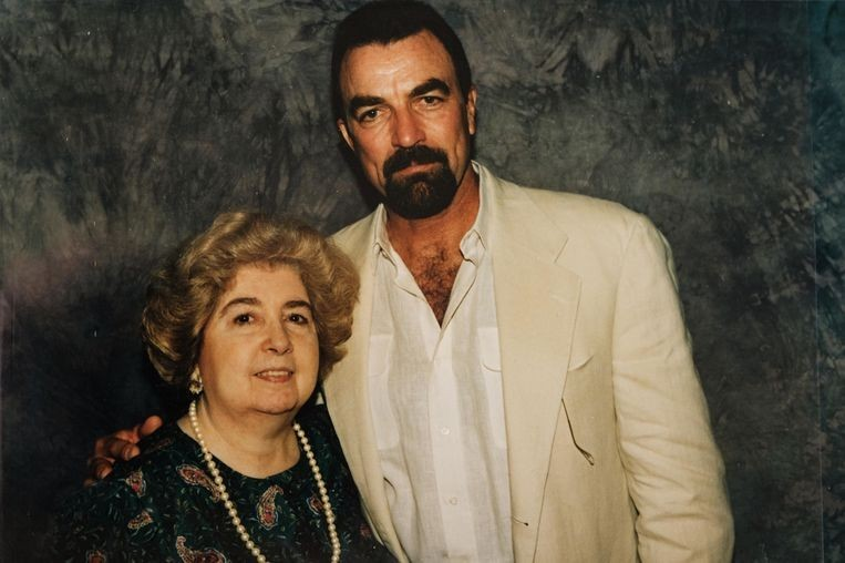 Том Селлек и Мария Снойс-Лаглер