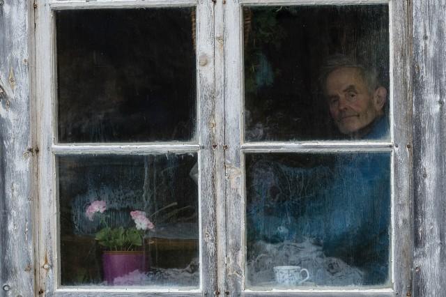 «Ула Хауген»: фотограф документирует уединённую жизнь норвежского фермера