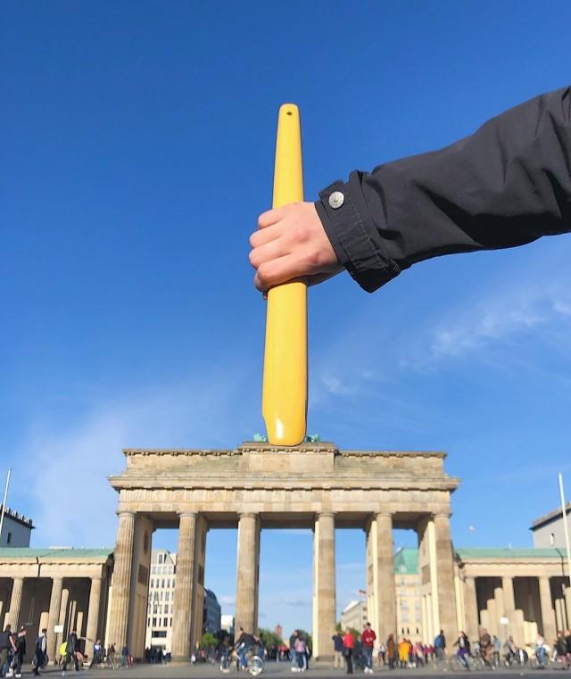«Пляжные грабли». Бранденбургские ворота, Берлин, Германия. Автор Тиаго Силва