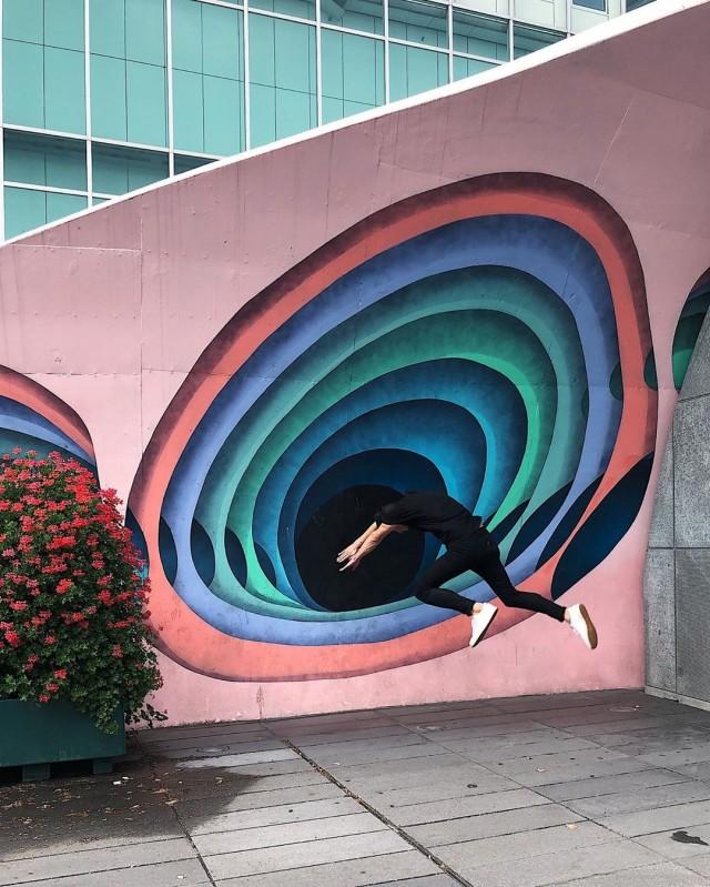 «Увидимся на другой стороне». Эйндховен, Нидерланды. Автор Тиаго Силва