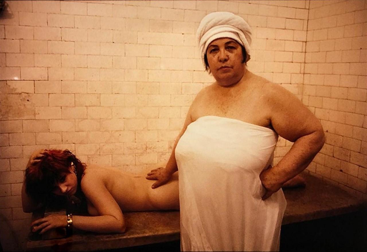 Лидия в русской бане, Нью-Йорк, 1985. Автор Нан Голдин