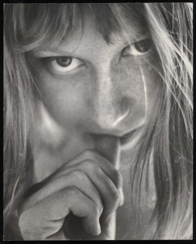 Фотографии женщин. Автор Санне Саннес (18)