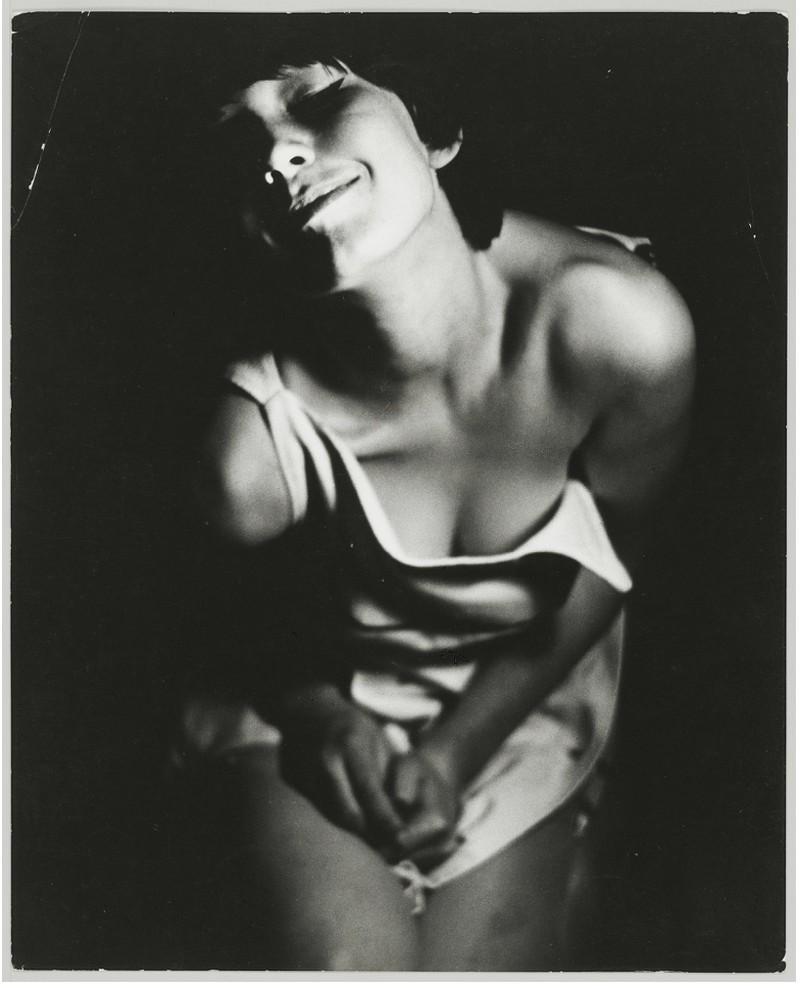 Фотографии женщин. Автор Санне Саннес (7)