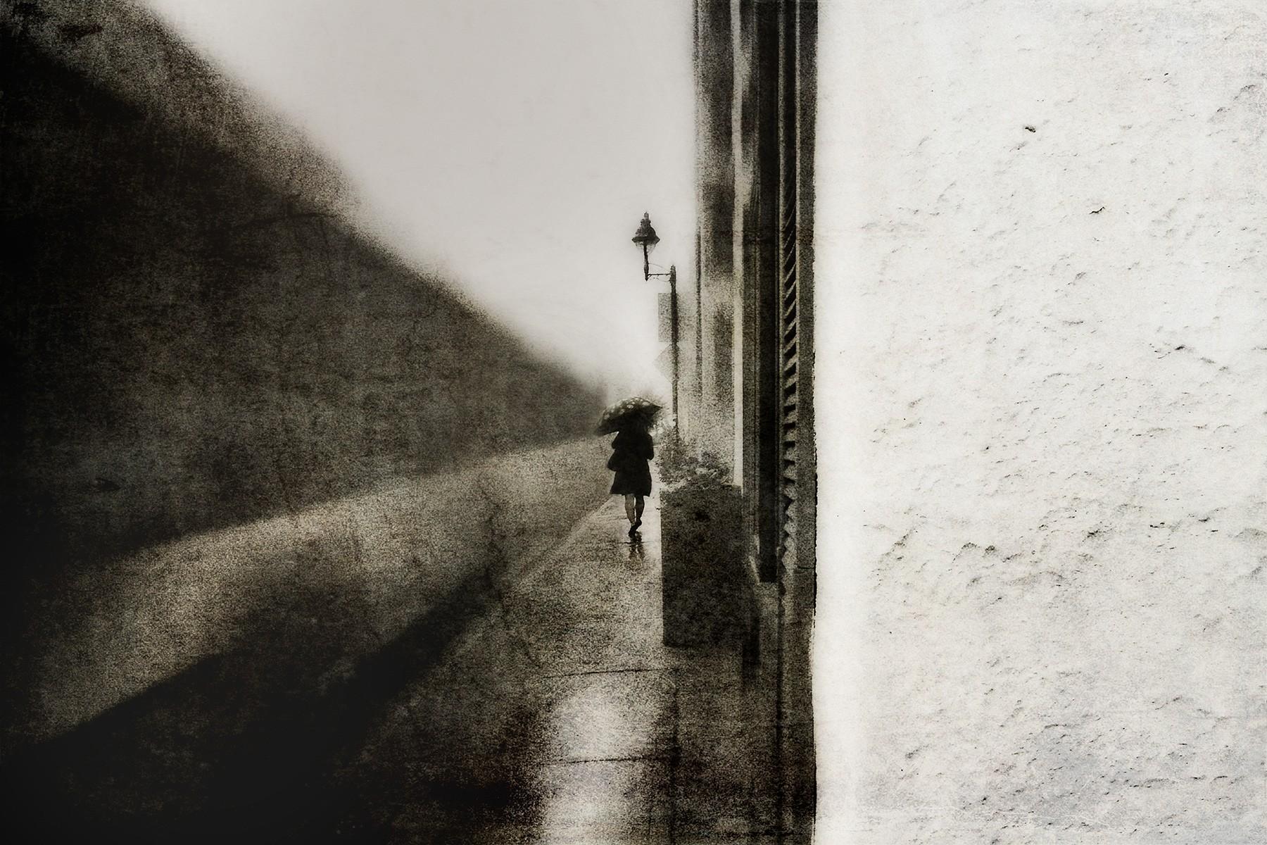 Стена. Автор Даниэль Кастонгуэй