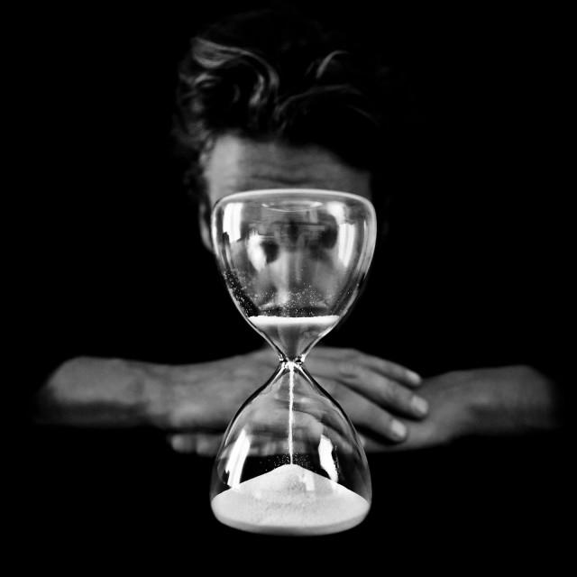 «Время идёт». Автор Бенуа Корти