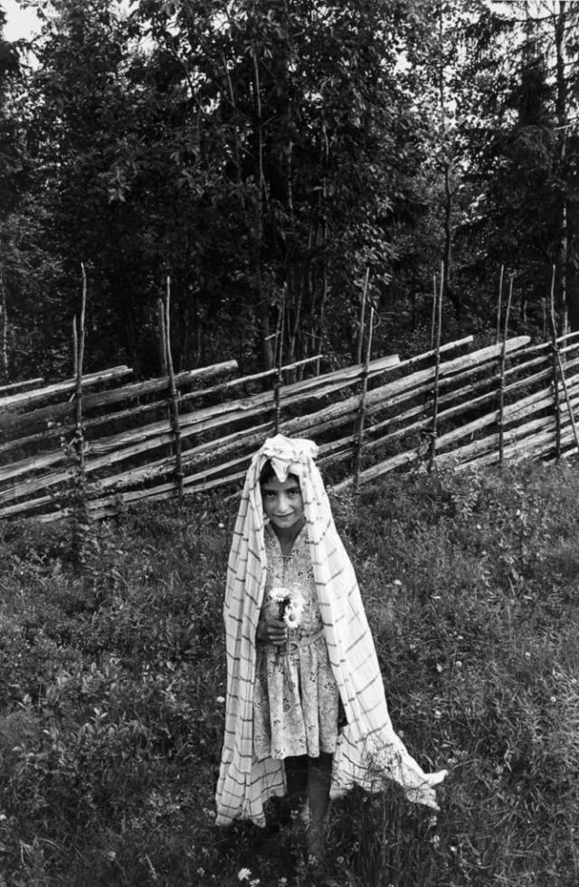 Марта Олофссон играет в невесту, Вилхелмина, 1961. Автор Суне Юнссон