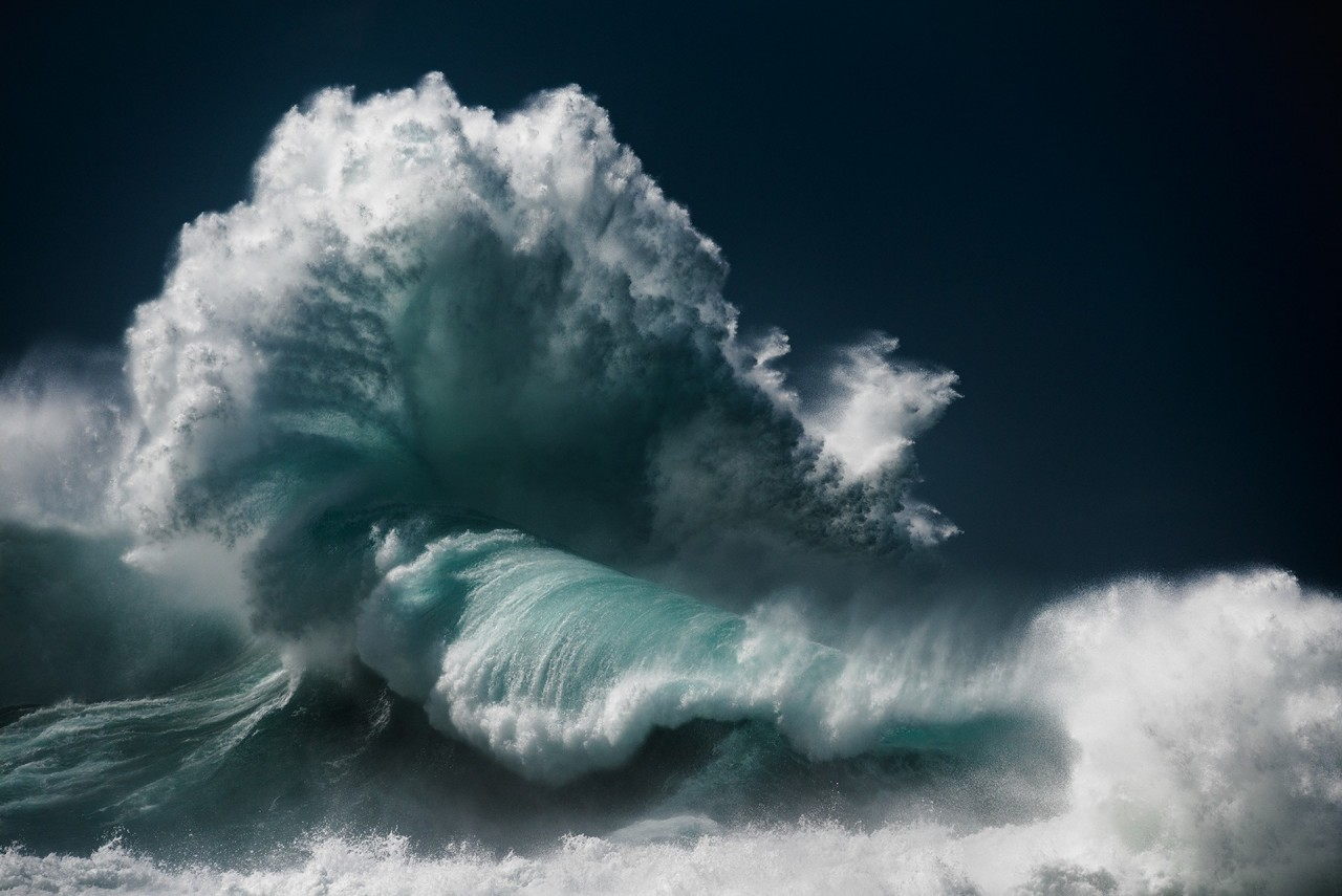 Океанские волны в фотопроекте «Водоворот». Автор Люк Шэдболт  (8)
