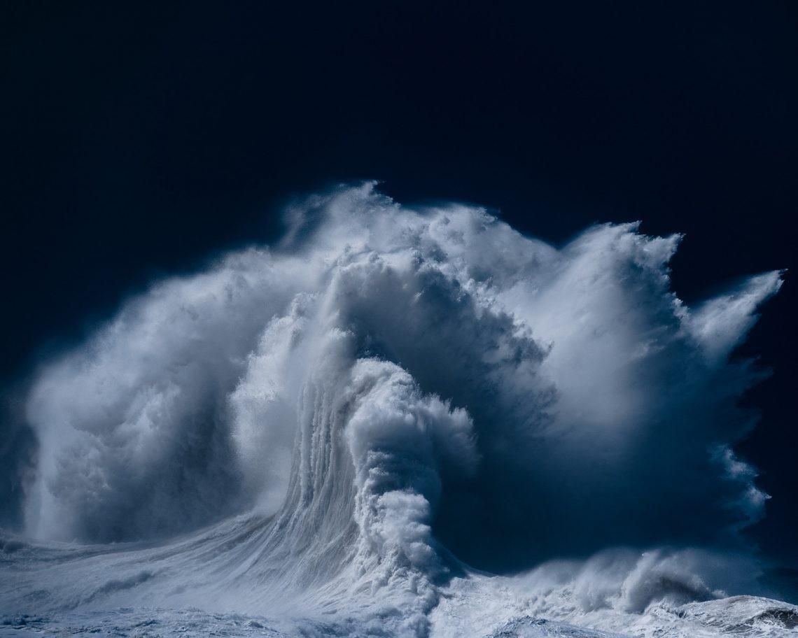 Океанские волны в фотопроекте «Водоворот». Автор Люк Шэдболт  (9)