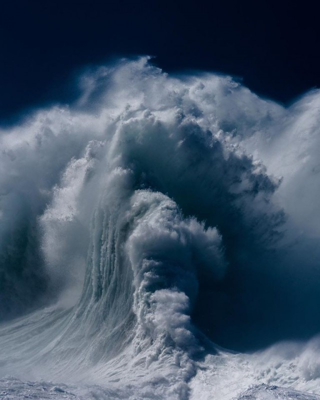 Океанские волны в фотопроекте «Водоворот». Автор Люк Шэдболт  (15)
