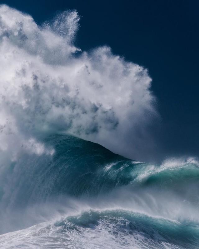 Океанские волны в фотопроекте «Водоворот». Автор Люк Шэдболт  (16)