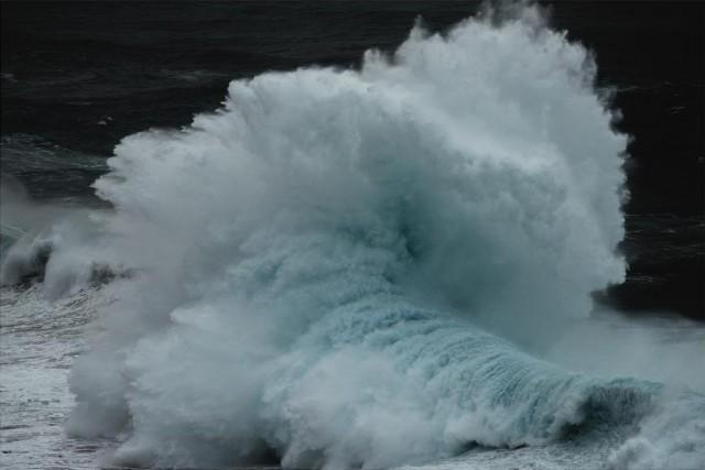 Океанские волны в фотопроекте «Водоворот». Автор Люк Шэдболт  (17)