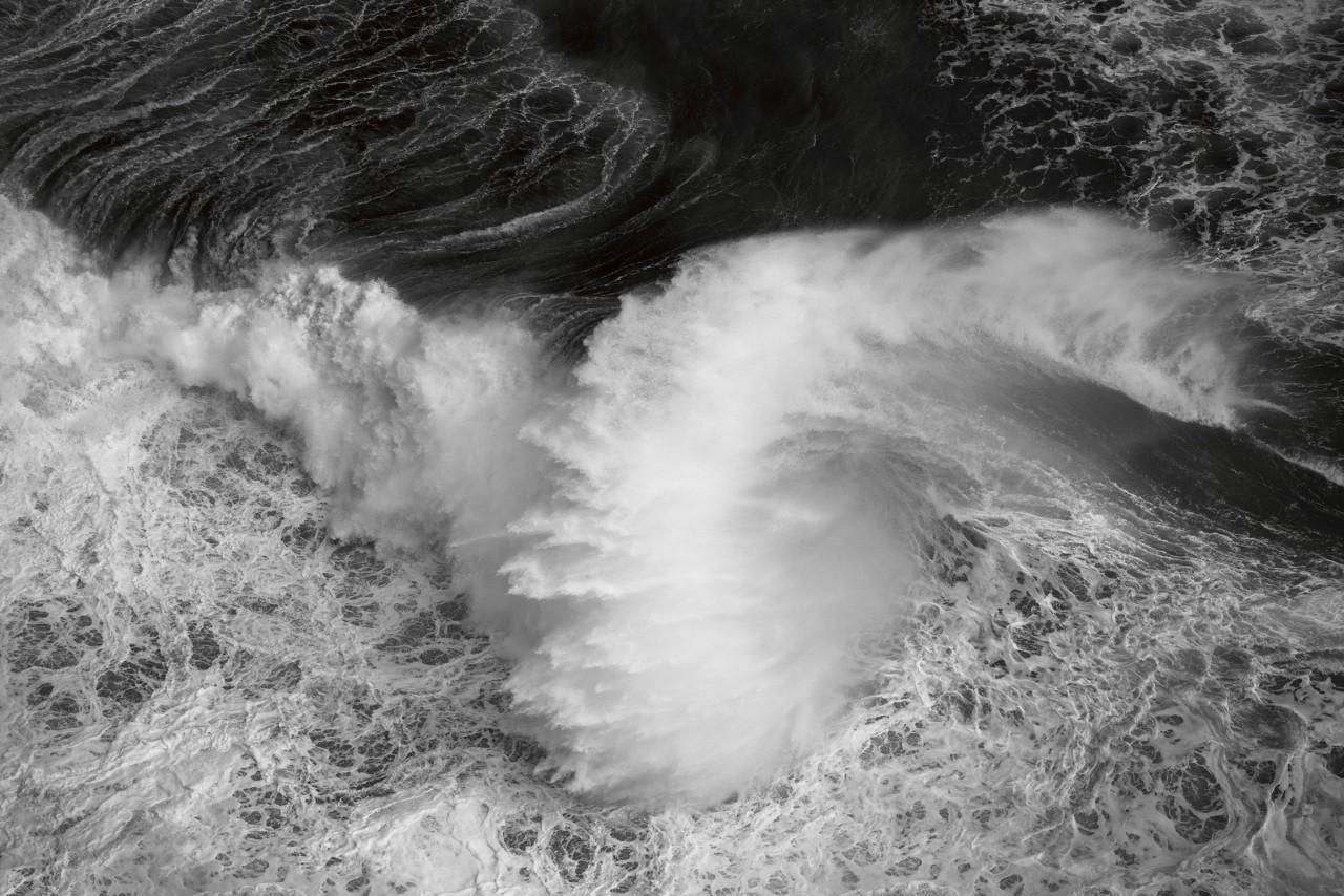 Океанские волны в фотопроекте «Водоворот». Автор Люк Шэдболт  (19)