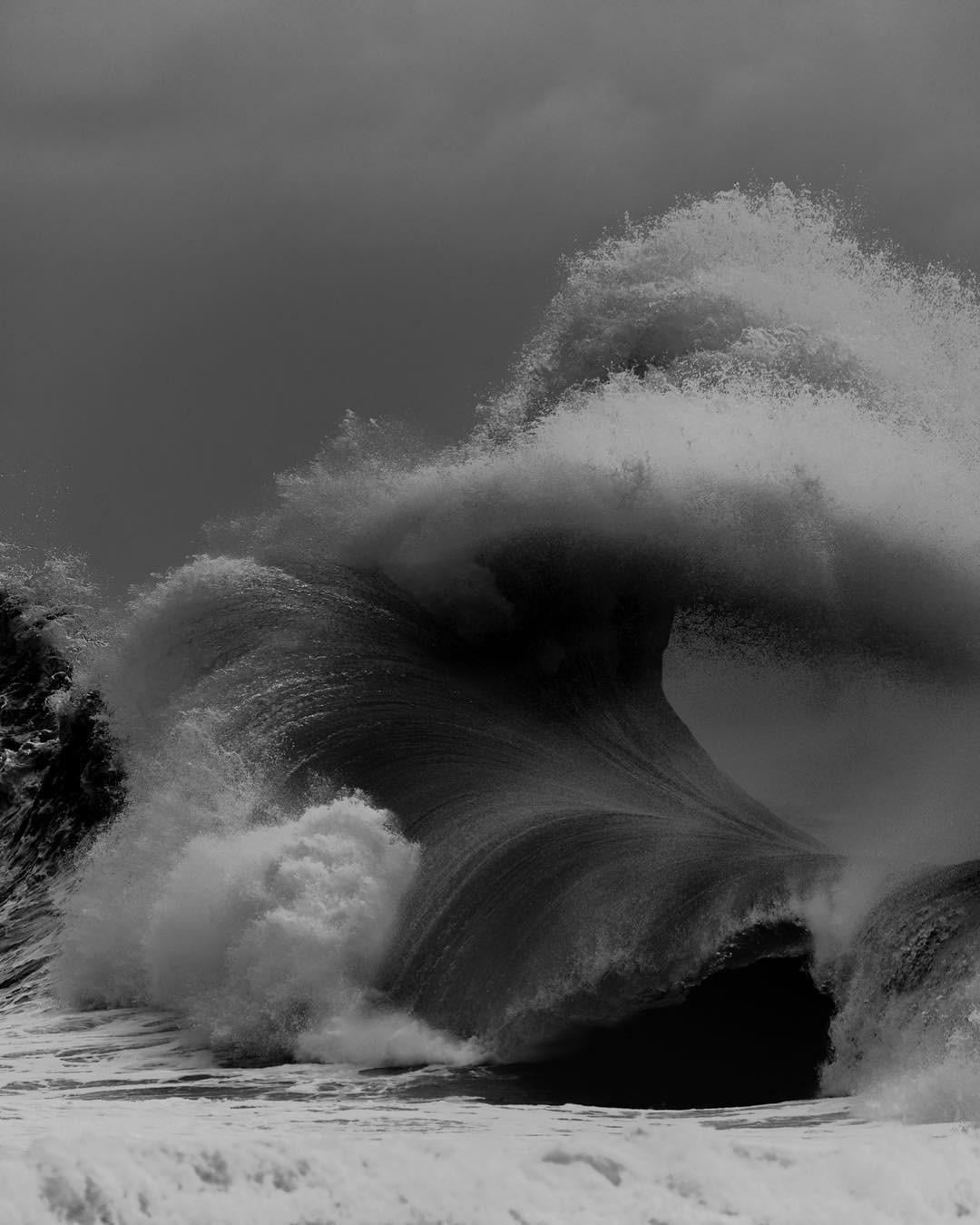 Океанские волны в фотопроекте «Водоворот». Автор Люк Шэдболт  (21)