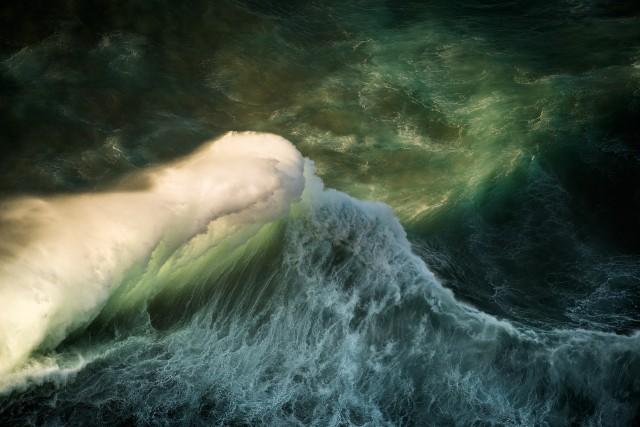 Океанские волны в фотопроекте «Водоворот». Автор Люк Шэдболт  (5)