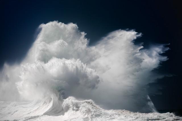Океанские волны в фотопроекте «Водоворот». Автор Люк Шэдболт  (2)