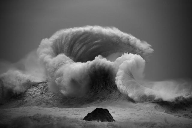 Океанские волны в фотопроекте «Водоворот». Автор Люк Шэдболт  (1)