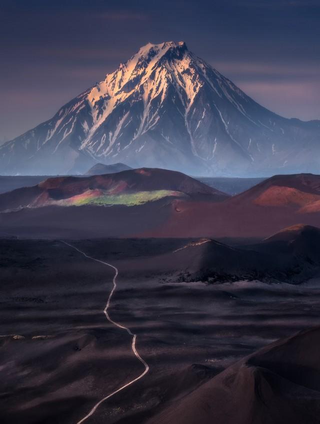 Путь к вулкану Большая Удина, Камчатка. Автор Изабелла Табаччи