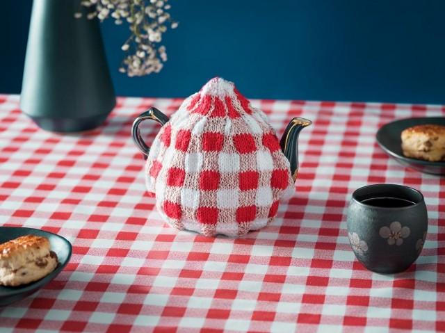 Вязаный чайник. Автор Джозеф Форд