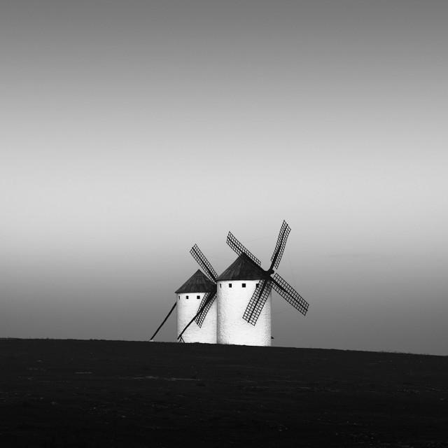 Финалист в категории «Архитектура», 2020. Ветряные мельницы, Ла-Манча, Испания. Автор Джон Кроули