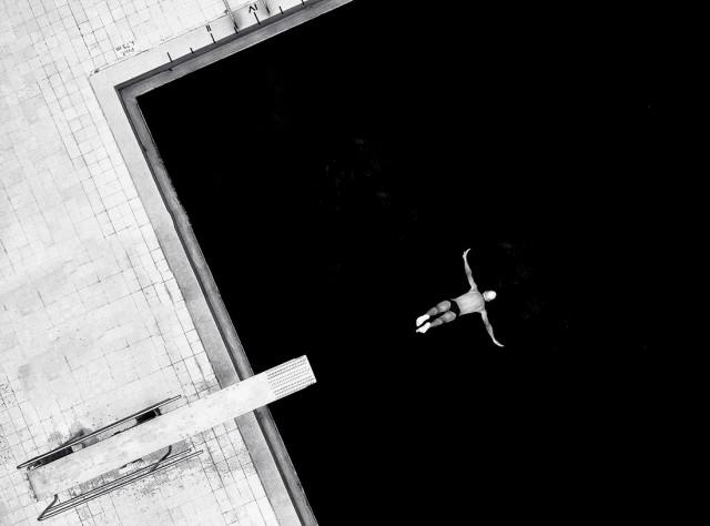 Финалист в категории «Фотоманипуляции», 2020. «В бесконечность». Автор Луис Алонсо Хименес Сильва