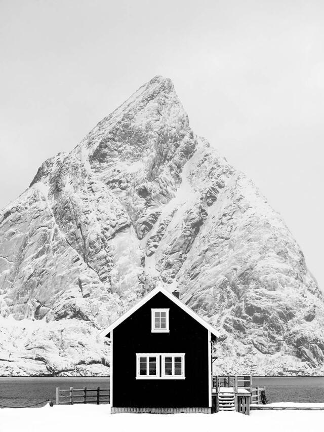 Финалист в категории «Архитектура», 2021. Домик рыбака на Лофотенских островах. Автор Генри Кюи