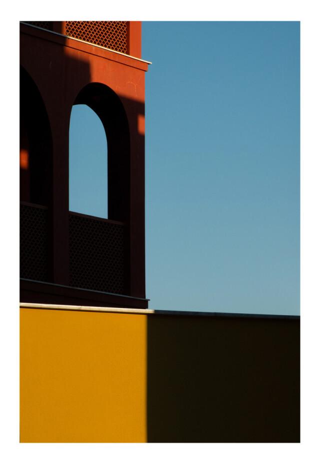 Финалист в категории «Открытая тема», 2021. «Оригами». Архитектура, цвета и контрасты Вариготти, Италия. Автор Андреа Мальо