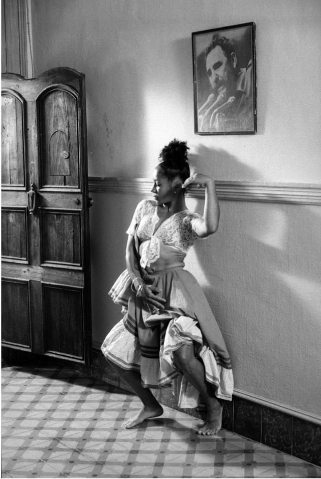 Из фотопроекта «Кубинский танец, 1995». Автор Изабель Муньос (5)
