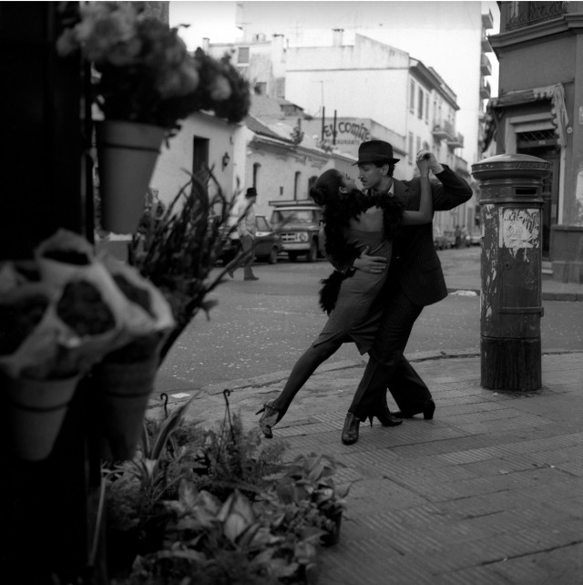 Из фотопроекта «Танго, 1989». Автор Изабель Муньос (9)