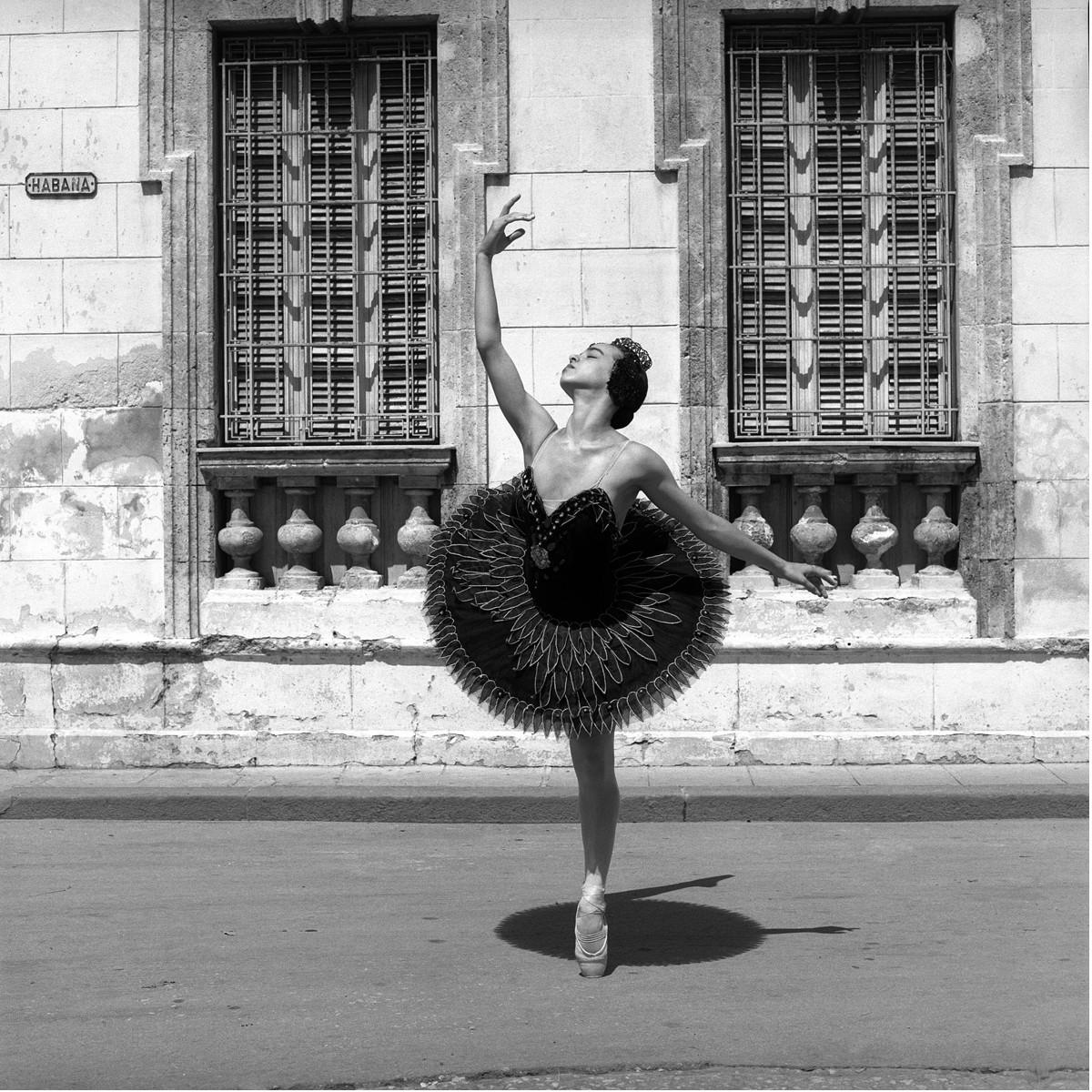 Из фотопроекта «Национальный балет Кубы, 2001». Автор Изабель Муньос (5)