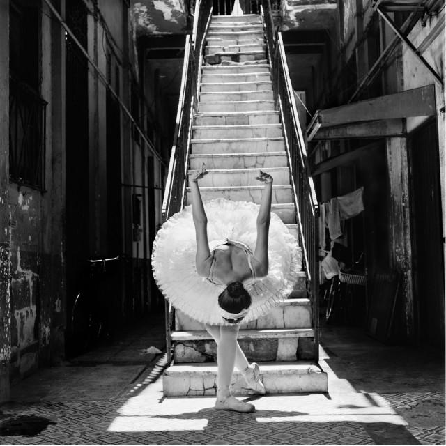Из фотопроекта «Национальный балет Кубы, 2001». Автор Изабель Муньос (6)