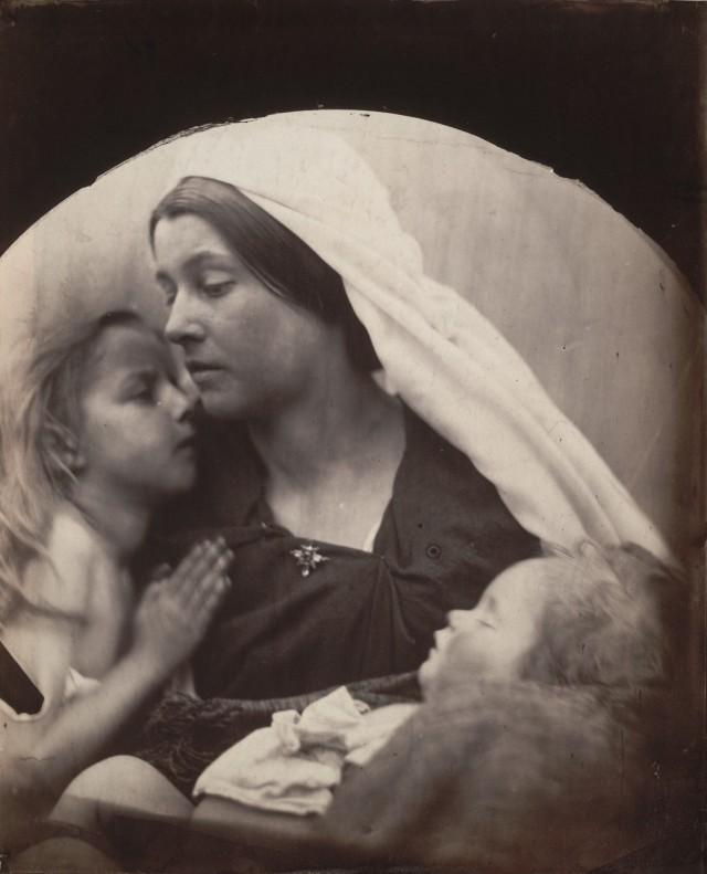 «Мадонна с детьми», 1864. Автор Джулия Маргарет Камерон