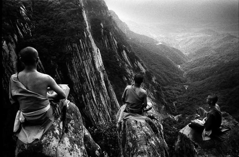 Медитация в горах. Автор Томаш Гудзовати