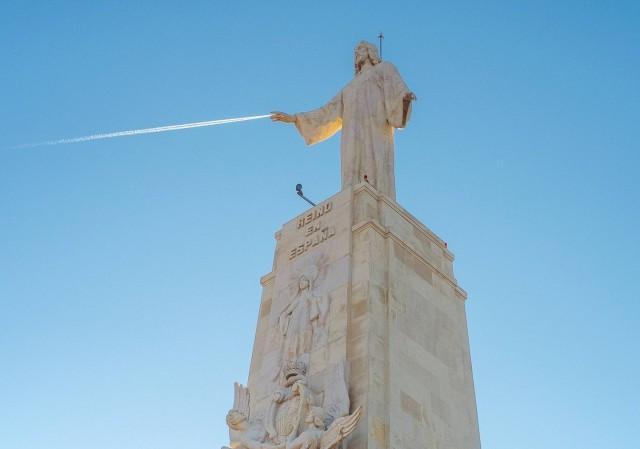 Статуя Христа. Автор Денис Черим