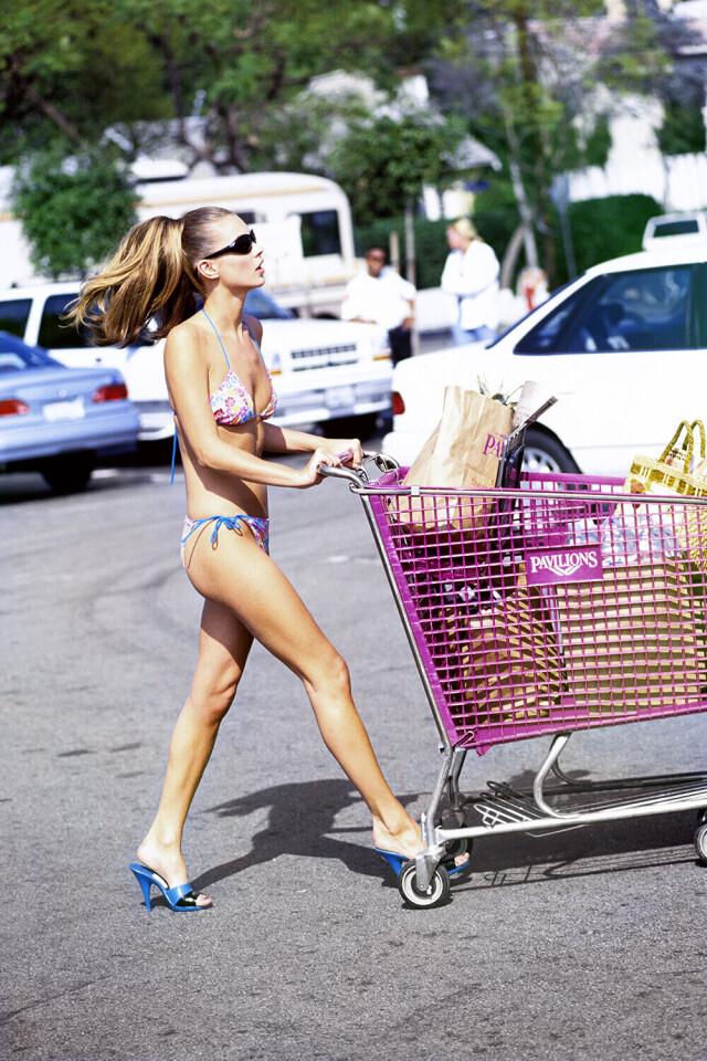 Кейт Мосс, Лос-Анджелес, Калифорния. American Vogue, 1995. Автор Артур Элгорт