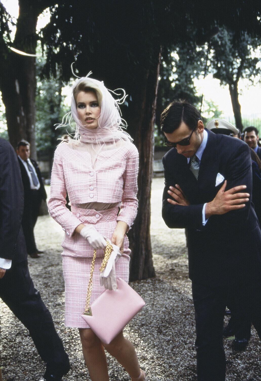 Клаудия Шиффер, Рим, для Valentino, 1995. Автор Артур Элгорт