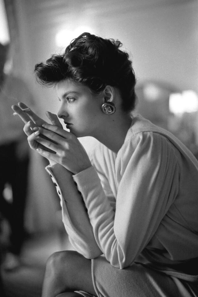 Линда Евангелиста, French Vogue, 1985. Автор Артур Элгорт