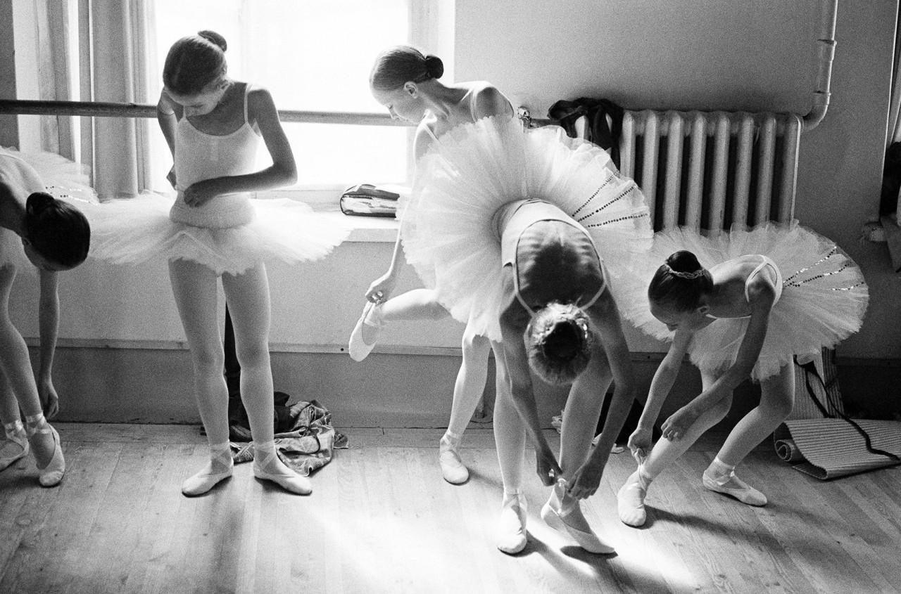 Академия русского балета им. Вагановой, Санкт-Петербург, Россия, 2001. Автор Артур Элгорт