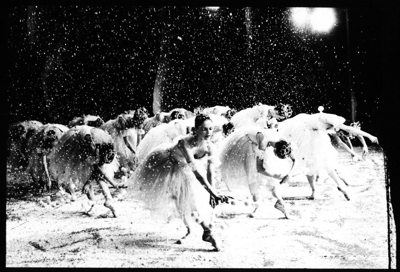 Снежинки из «Щелкунчика», Нью-Йорк, 1980. Автор Артур Элгорт