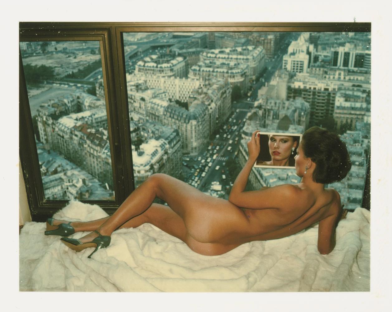 Бессонные ночи над Парижем, 1976. Модель Гунилла Бергстрём, фотограф Хельмут Ньютон