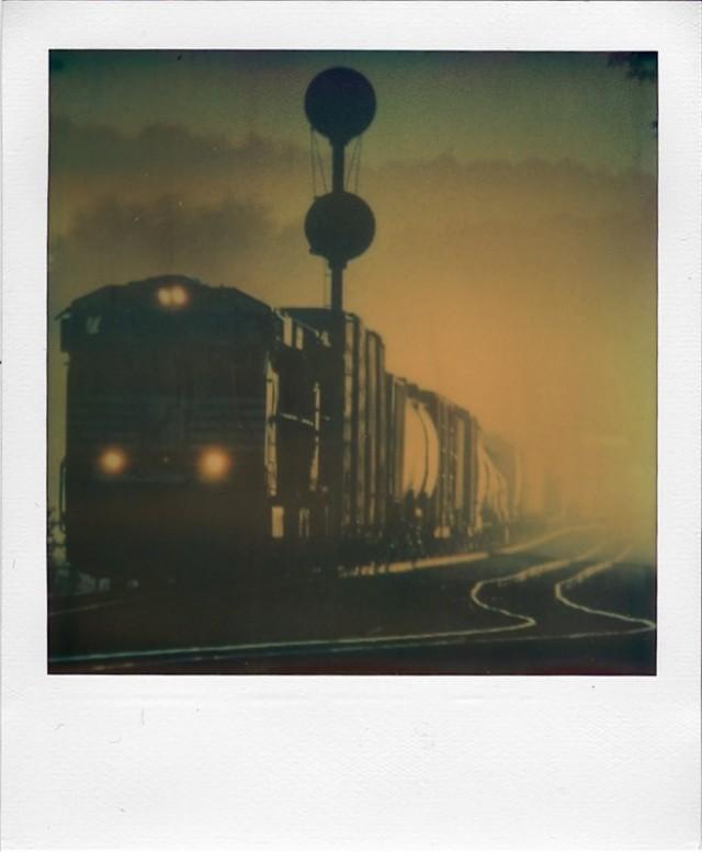 Утренний поезд, Бостон. Фотограф Рианнон Адам