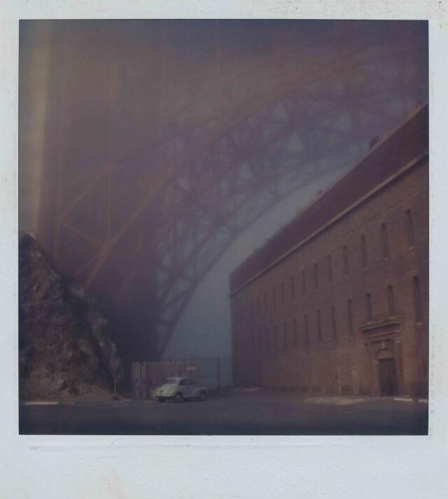Под мостом Золотые Ворота. Фотограф Роберт Фарбер